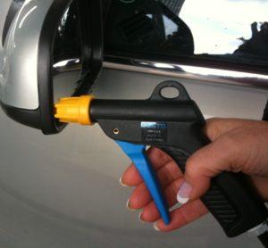 Pressluft zur Auto innenreinigung